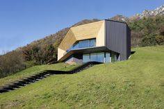 Finaliste/Shortlisted: Alps Villa, Lumezzane, Italie | Copperconcept.org #copper #cuivre #architecture #building #design