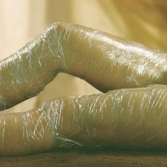DIY Body Wrap And Lose Inches Just Like That!