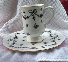 Royal Victorian Black and white bows salad/buffet by EllaBella07, $15.00