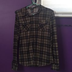 Flannel Army green and black flannel, very soft, never worn Rue 21 Tops Button Down Shirts