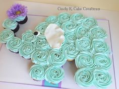 Baby shower cupcakes for girls elephant sweets 30 Ideas Baby shower cupcakes for girls elephant swee Cupcakes Baby Shower Niño, Idee Baby Shower, Baby Shower Cupcakes For Girls, Cupcakes For Boys, Baby Shower Desserts, Birthday Cupcakes, Baby Shower Themes, Shower Ideas, Elephant Birthday Cakes