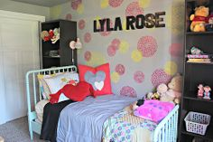 A heart-themed big girl room