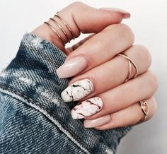 Gemstone look for the nails - Fascinating gemstones as inspiration for chic manicure Image Size: 736 x 736 Pin Boards Name: Nageldesign Bilder Elegant Nails, Classy Nails, Trendy Nails, Chic Nails, Classy Nail Designs, Silver Nails, Glitter Nails, Nude Nails, Coffin Nails