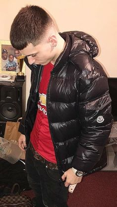 Cool Jackets, Winter Jackets, Sagging Pants, Black Leather Bomber Jacket, Mens Down Jacket, Pvc Raincoat, Skinhead, Hot Boys, Moncler