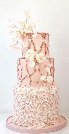 Textured Wedding Cakes, Beautiful Wedding Cakes, Beautiful Cakes, Tiffany Wedding, Gold Wedding, Cake Wedding, Feather Cake, Wedding Cake Designs, Wedding Themes