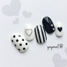 All these nail designs happen to be as simple as they are lovely. For anybody who is constantly trying to find ideas and new designs, nail art designs are a good way to show off your individuality and also to be original. Nail Art Diy, Diy Nails, Swag Nails, Shellac Nails, Nail Nail, Matte Nails, White Nail Designs, Toe Nail Designs, Nails Design