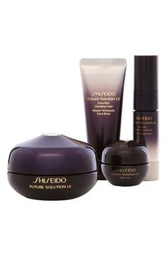 Shiseido - 'Future Solution LX' Set