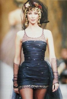 Christy for Chanel, f/w 1993/94