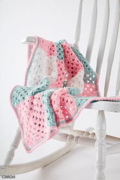 Springtime Squares Blanket Free Beginner Crochet Pattern for Baby. A soft blanket, stitched in pastel shades. The Springtime Squares blanket is a great beginner pattern, crocheted in Caron One Pound yarn. Pattern More Patterns Like This! Afghan Crochet Patterns, Crochet Patterns For Beginners, Baby Patterns, Crochet Stitches, Knit Crochet, Crochet Afghans, Crochet Blankets, Free Crochet, Easy Crochet