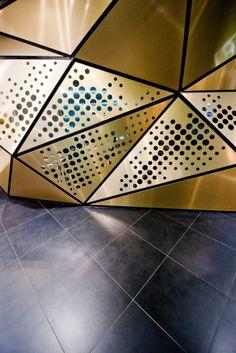 Frivole Prestige / Theza Architects   ArchDaily
