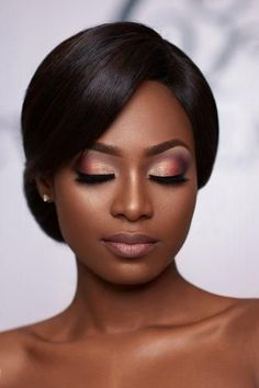 We have collected gorgeous black bride makeup ideas. We have collected gorgeous black bride makeup ideas. In our gallery you will find makeup variety for different wedding styles. Black Bridal Makeup, Black Girl Makeup, Wedding Hair And Makeup, Girls Makeup, Makeup Black Women, Pink Makeup, Black Makeup Looks, Hair Wedding, Black Dress Makeup