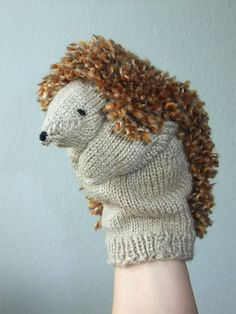 Crochet Patterns Beanie Finger Puppets & Hand Puppets – Hand Puppet Hedgehog – a unique product by big-in-… Knitting Projects, Crochet Projects, Knitting Patterns, Crochet Patterns, Sock Crafts, Puppet Crafts, Hand Crafts For Kids, Diy For Kids, Sock Puppets