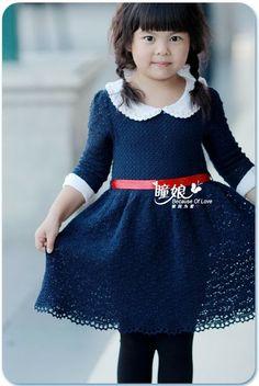 Free patterns for crochet beautiful baby dress with collar Crochet Dress Girl, Crochet Girls, Crochet Baby Clothes, Crochet For Kids, Knit Crochet, Knitting For Kids, Baby Knitting, Toddler Dress, Baby Dress