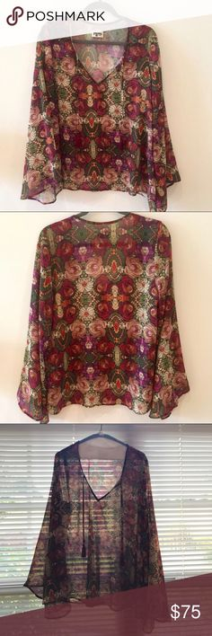 SMYM BARDOT TOP WILD JEWELS Absolutely love this print! Parting with a few of my favs in my Mumu closet to pay for LDR plane tickets! Worn excellent condition. Show Me Your MuMu Tops Tunics