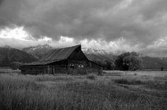 Moulton Barn outside Grand Teton National Park  suzanneridenourphotography.com