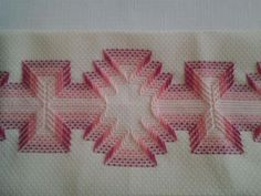 Bargello Needlepoint, Needlepoint Stitches, Needlework, Swedish Embroidery, Embroidery Art, Cross Stitch Embroidery, Free Swedish Weaving Patterns, Huck Towels, Japan Crafts
