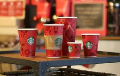 The famous holiday cups are back at Starbucks, signaling the arrival of the ever-earlier holiday season. Christmas Cup, Starbucks Christmas, Christmas Paper, Coffee Farm, Coffee Love, Coffee Cup, Nespresso, Paper Cup Design, Food And Thought