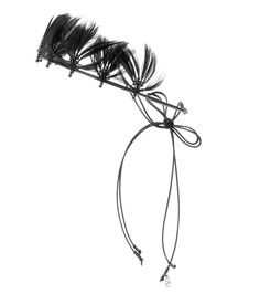 Valentino - Feather-embellished headband - Valentino's new season collection shows inspiration from all corners of the world. This feather-embellished headband is adorned with tonal black beads as a subtle way to pay tribute to First Nations styles. The self-tie fastenings will swing effortlessly for a carefree feel. seen @ www.mytheresa.com