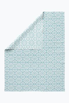 Laadukas matto PVC:tä. Hitsatut päädyt. Käännettävä – eri puolilla vastavärinen kuvio. Valmistettu Ruotsissa. Koko 150x250 cm. <br><br>100% pvc:tä<br>Pesu 30°