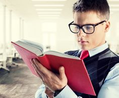 Eyedrops Could Help You Ditch Reading Glasses   DiscoverMagazine.com