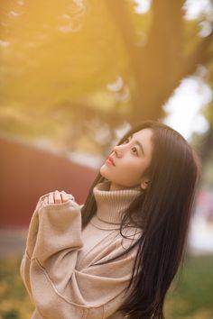 True Girl like Fashition Korean Girl Photo, Korean Girl Fashion, Cute Korean Girl, Cute Asian Girls, Cute Girls, Korean Beauty Girls, Asian Beauty, Girl Pictures, Girl Photos
