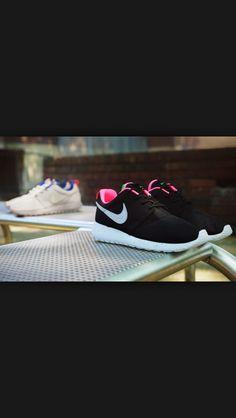 40572d91e346 size nike roshe run urban safari pack 1 Size  x Nike Roshe Run Urban Safari  Pack