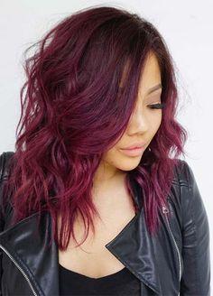 Couleur de cheveux brun avec reflet violet