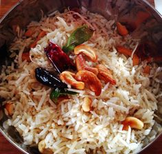 Try this coconut rice from Sth India with your next curry. Source by Related posts: Thengai Saadham Thengai Saadham Kokosnuss Reis-Thengai Sadam Kokosnussreis oder Thengai Sadam – einfaches indisches Reisrezept Other Recipes, Rice Recipes, Indian Food Recipes, Vegan Vegetarian, Vegetarian Recipes, Coconut Rice, Moisturizer For Dry Skin, Rice Bowls, Biryani