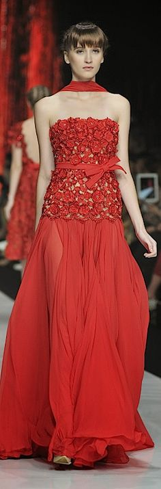 Jakarta Fashion Week 2014 : Beautiful Liar Haute Couture 2014 Collection By Ivan Gunawan