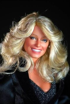 Farrah Fawcett - Dolls by Noel Cruz Creations Beautiful Barbie Dolls, Pretty Dolls, Barbie Celebrity, Doll Painting, Farrah Fawcett, Dollhouse Dolls, Modern Dollhouse, Glamour, Barbie Collection