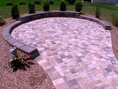 Landscaping On A Slope With Pavers Ideas #LandscapingStone #backyard #landscaping #ideas