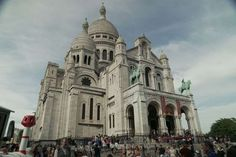 Sacré-Coeur looks like nothing else in Paris. It was built in a Romano-Byzantine style at a time whe... - Curious Traveler
