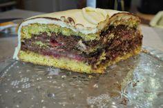 karolina-azzaro: Kokosová torta s jahodami