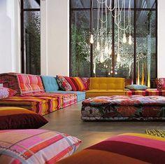 sedirli ev dekorasyonu sedir modelleri baharat renkleri dogu tarzi dekorasyonlar morocco tarzi ayna aydinlatma kumas secimi modern tasarim sedirler (6)