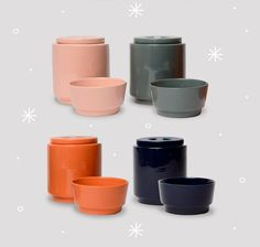 Colorful Ceramic Treat Jars and Bowls from Waggo - Dog Milk Best Treats For Dogs, Dog Treats, Diner Party, Dog Milk, Dog Eating, Cat Design, Pet Clothes, Dog Accessories, Food Dishes