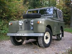 Land Rover 86 Serie II A soft top. So nice for me. Lobezno