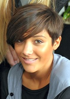 Frankie Sandford Hairstyles   New Hair Colors, Styles and many more