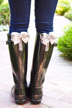 PoppyClips for rain boots. Bows for your boots - poppyclips.com