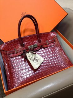 9ab0a22af50f We just got this amazing Hermes 2007 bag. It is in a good condition with the  original box and paperwork.