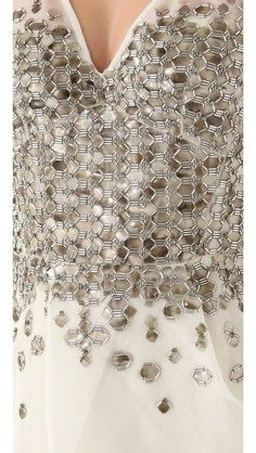 Fashion Design Details Embroidery Inspiration 20 Ideas For 2019 Tambour Beading, Tambour Embroidery, Couture Embroidery, Indian Embroidery, Learn Embroidery, Embroidery Fashion, Embroidery Dress, Hand Embroidery, Bead Embroidery Tutorial