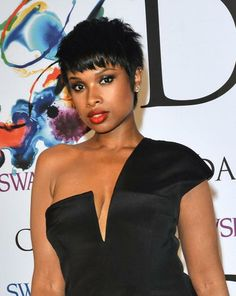 Jennifer Hudson rocked the 2014 CFDA Fashion Awards with a smoldering matte lip and smoky eyes. See our favorite beauty looks from the awards here. #cfdafashionawards #beauty #celebbeauty #jenniferhudson