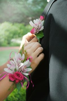 a prom bout and corsage I made today