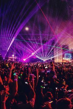 our world is better than yours #edm #lights #crowds