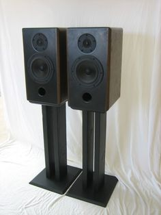 pieds diy imitation norstone stylum 2 pour enceintes m audio bx5a face inf rieure 4 diy. Black Bedroom Furniture Sets. Home Design Ideas
