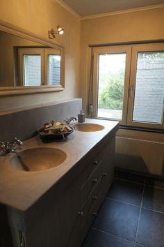 Binnenkijken badkamer NIEUW! | Styling&Living, ANNIE SLOAN DEALER EN UW ADRES VOOR EEN LANDELIJKE, STOERE WOONSTIJL