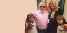 Irritada com espera, Val Marchiori vai embora e detona ''Domingo Legal'' - http://projac.com.br/eventos-brasil-mundo-e-variedades/irritada-com-espera-val-marchiori-vai-embora-e-detona-domingo-legal.html