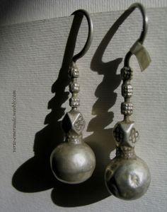 Très Anciens Pendents Afghans en Argent. Antique Silver Earings from Afghanistan | eBay