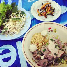 ก๋วยเตี๋ยวเวียดนาม @ ร้านโอชา เปิดทุกวันเว้นวันพระ  #SakhonNakhon #VNfood #lunch #memorable #moment 2011 #thaistagram
