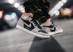 Find all the official stores & direct shops links where to buy the Air Jordan 1 Retro High OG 'Neutral Grey/Hyper Crimson' online Jordan 11, Jordan 1 Royal, Jordan 1 Retro High, Nike Shoes, Sneakers Nike, Air Max Day, Sneaker Release, Air Jordan Shoes, Shoe Sale