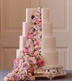 wedding cakes unique Rose cake – Famous Last Words Pretty Wedding Cakes, Elegant Wedding Cakes, Beautiful Wedding Cakes, Wedding Cake Designs, Pretty Cakes, Beautiful Cakes, Amazing Cakes, Cake Wedding, Crazy Wedding Cakes